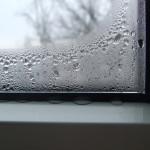 Почему потеют окна