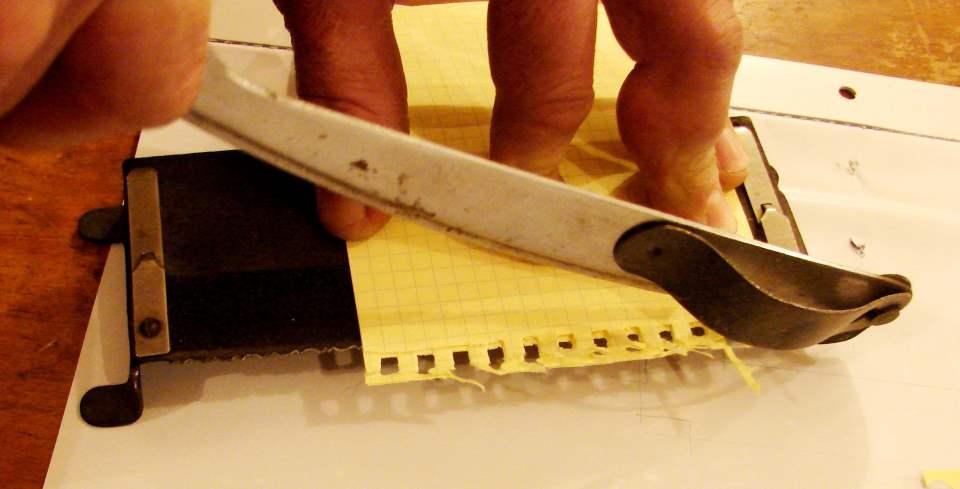 Настенный календарь своими руками - нарезаем прямоугольники